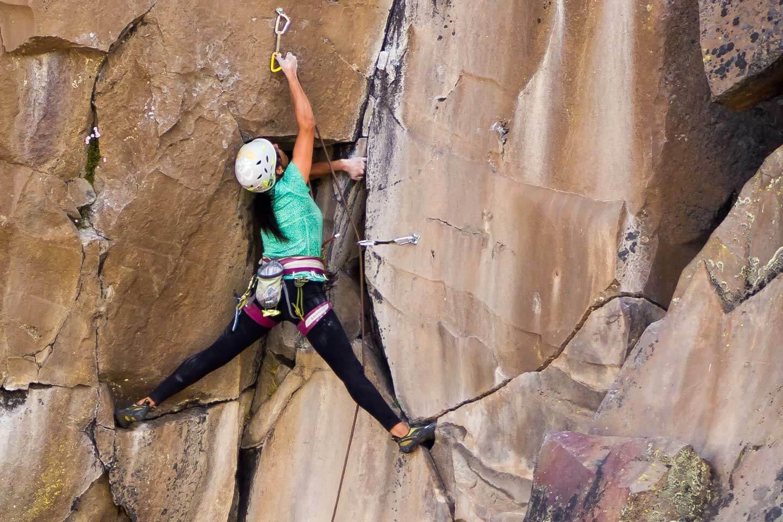 climbing valle de los condores