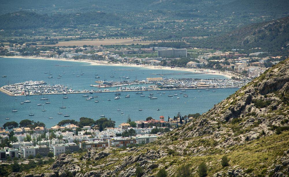 Klettern auf Mallorca, Sektor Sa Creveta mit Sicht auf die Bucht