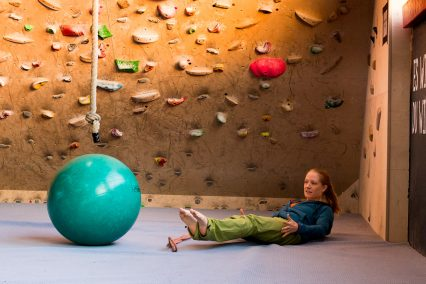Warming-Up-Before-Bouldering