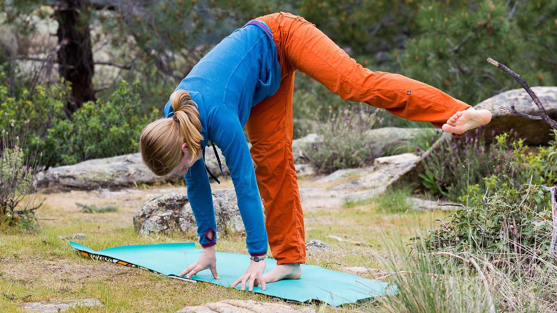 Kopftraining-Yoga-Beine