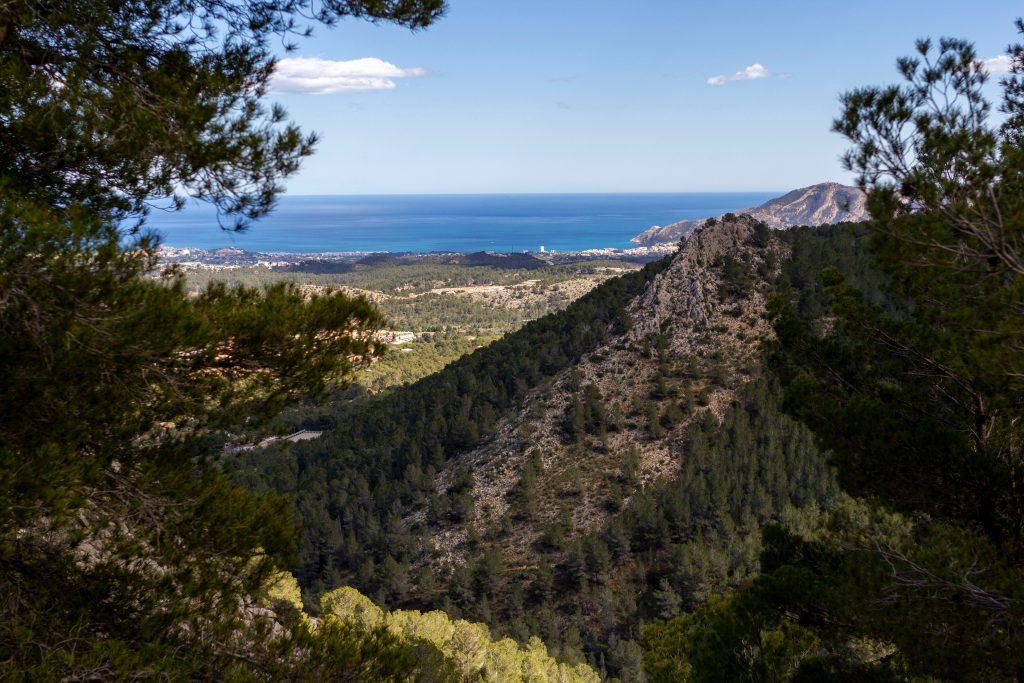 Klettern an der Costa Blanca, Sicht auf das Meer.
